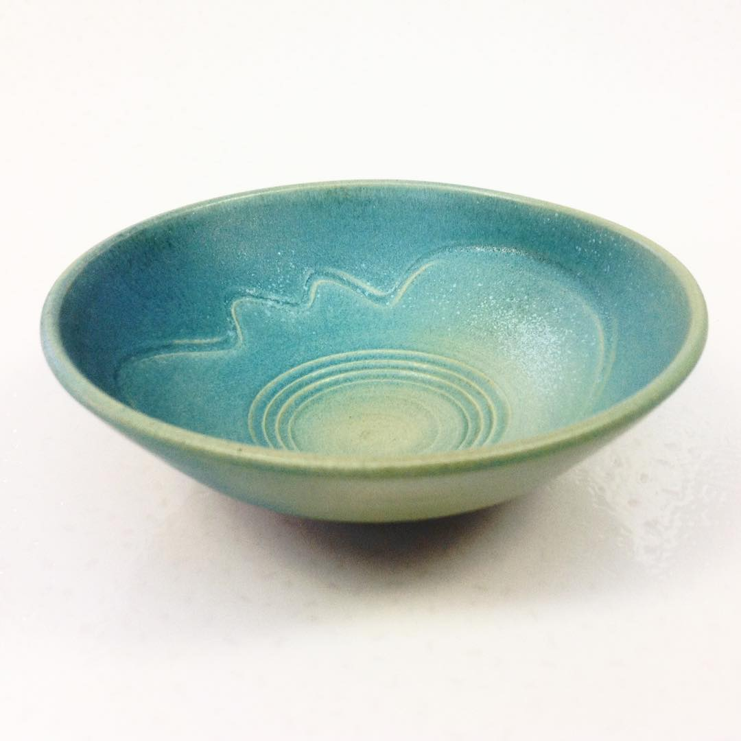 This is a rather small bowl, in my Salish sea series.  I make these marks while still on the wheel, fresh after throwing @keramik @ceramics @stoneware @corisandlerpottery