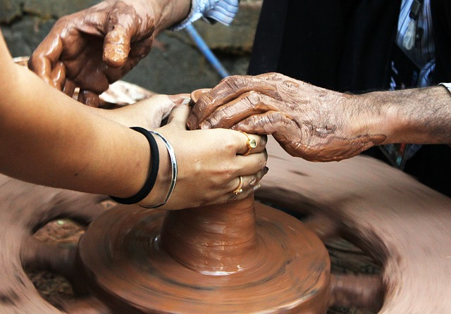 many-hand-at-wheelpotters-